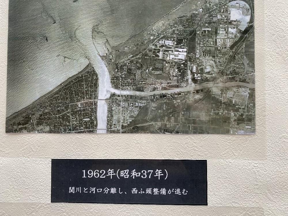 直江津港の変貌_e0065084_2320190.jpg