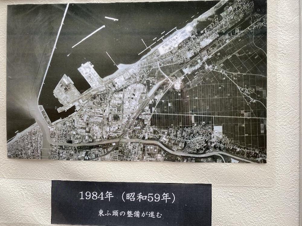 直江津港の変貌_e0065084_23202017.jpg