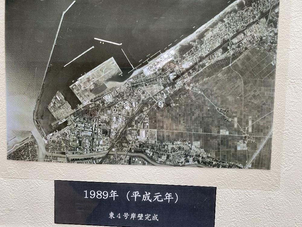 直江津港の変貌_e0065084_23202994.jpg