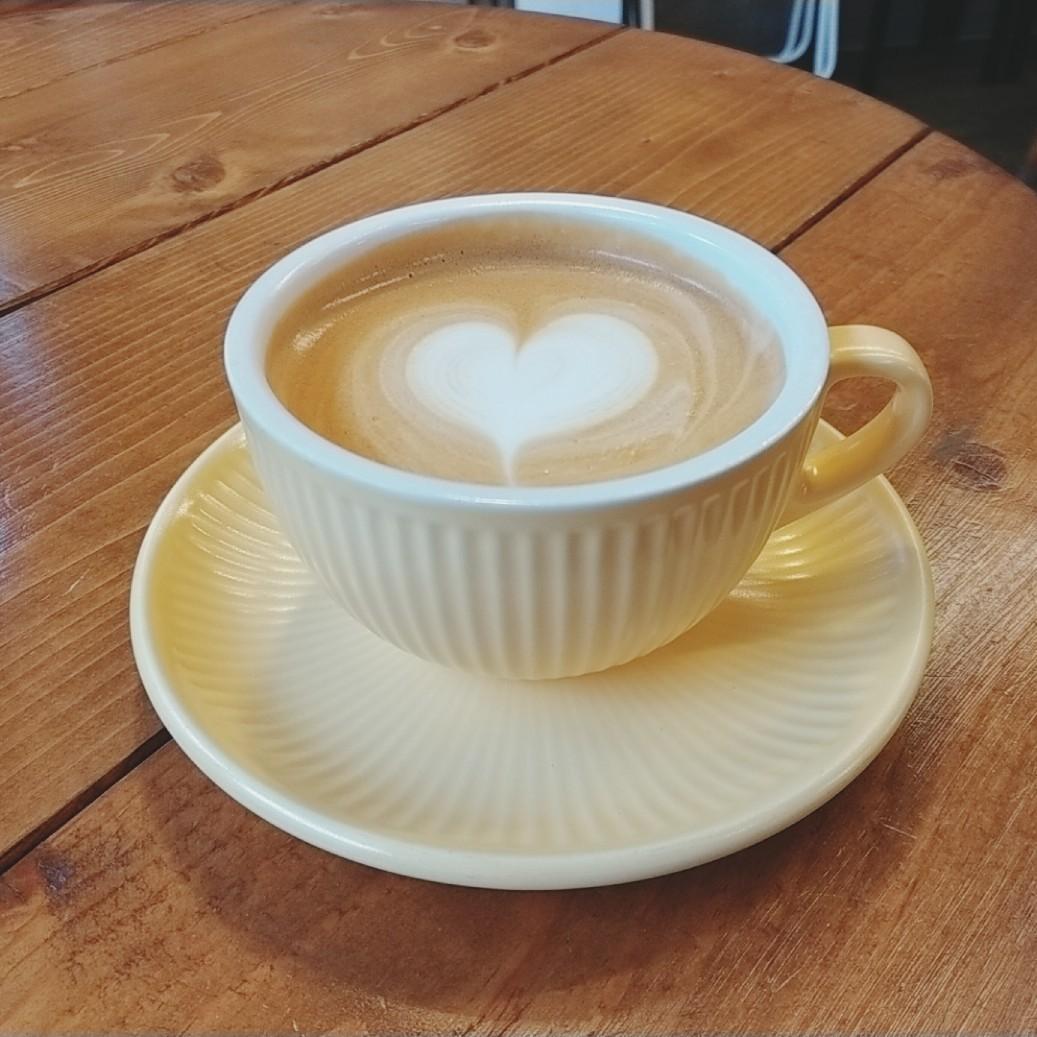 今年最初のカフェでの一杯_b0194098_09413175.jpg