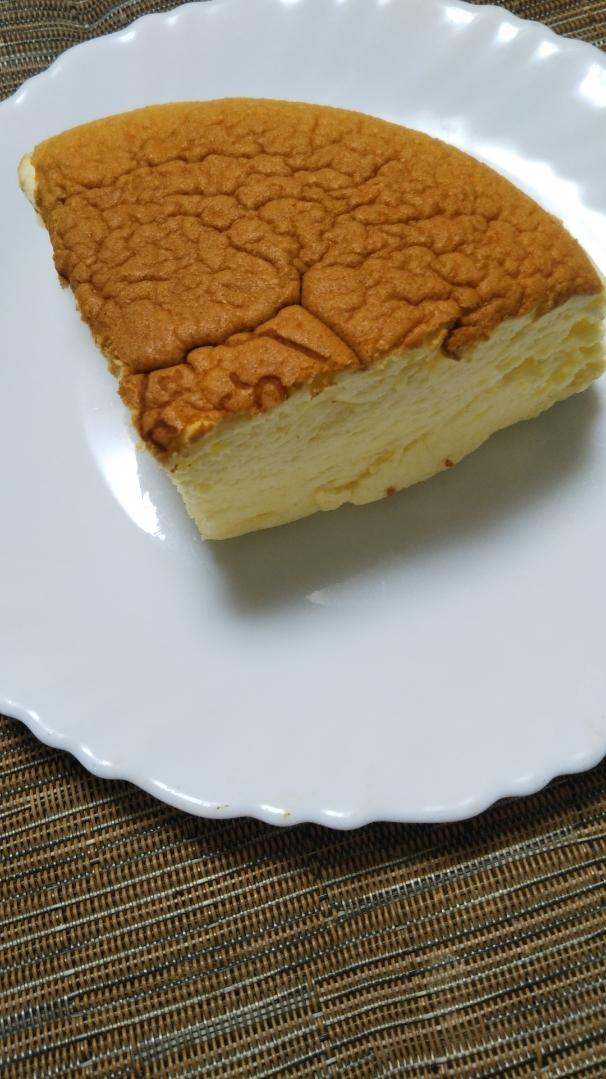 りくろーおじさんの焼きたてチーズケーキ_f0076001_20505941.jpg