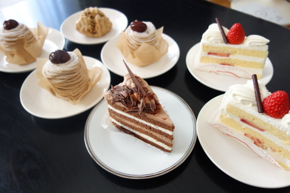 ケーキでお祝い_e0230011_16593371.jpg
