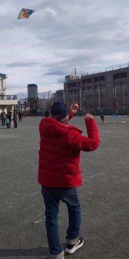 新春こども凧上げ大会に参加した、山田パンダ。_b0096957_19541726.jpg