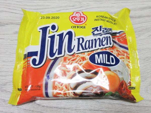 【オットギ】JIN(ジン)ラーメン(中辛)_c0152767_16291738.jpg