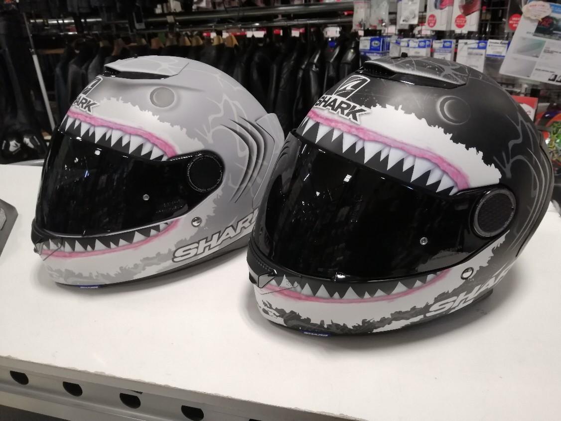 【松山店限定】新春サメさんヘルメットキャンペーン _b0163075_09280814.jpg
