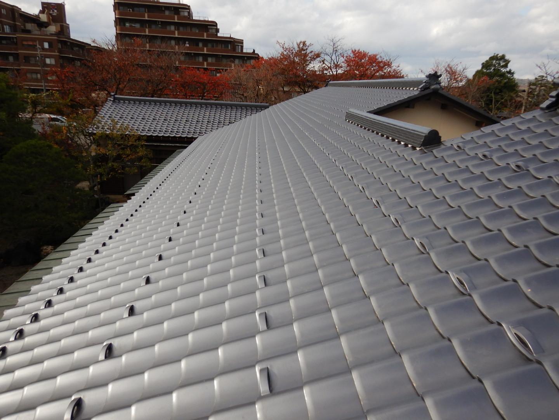 ■瓦屋根改修完了■_e0188083_19315806.jpg