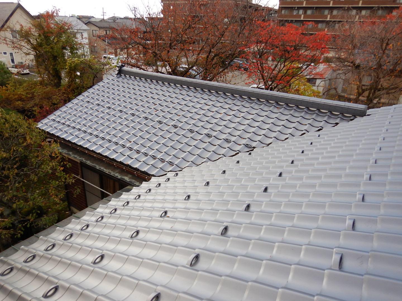 ■瓦屋根改修完了■_e0188083_19331620.jpg