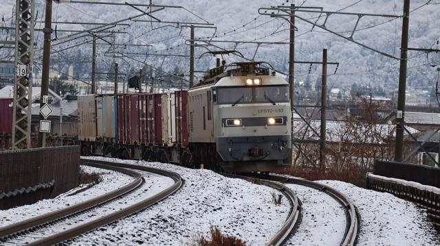 青森観光の魅力、カメラを持って観光、鉄道写真も良いね、青い森鉄道の駅舎の魅力・新しい車両がデビュー_d0181492_00293644.jpg
