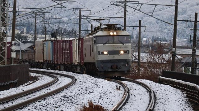 青森観光の魅力、カメラを持って観光、鉄道写真も良いね、青い森鉄道の駅舎の魅力・新しい車両がデビュー_d0181492_00294540.jpg