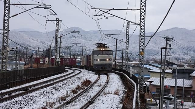 青森観光の魅力、カメラを持って観光、鉄道写真も良いね、青い森鉄道の駅舎の魅力・新しい車両がデビュー_d0181492_00295313.jpg
