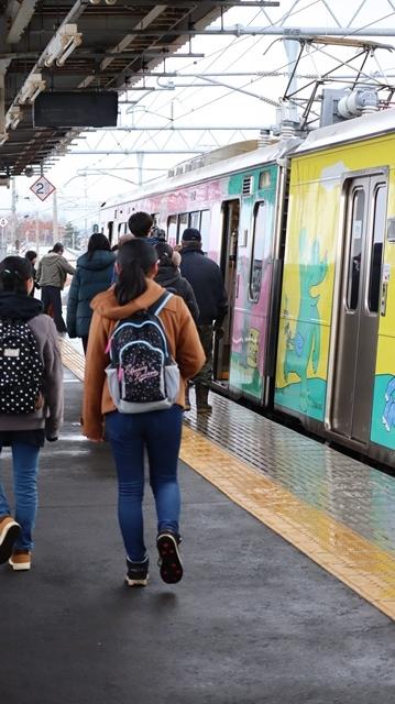 青森観光の魅力、カメラを持って観光、鉄道写真も良いね、青い森鉄道の駅舎の魅力・新しい車両がデビュー_d0181492_00321523.jpg