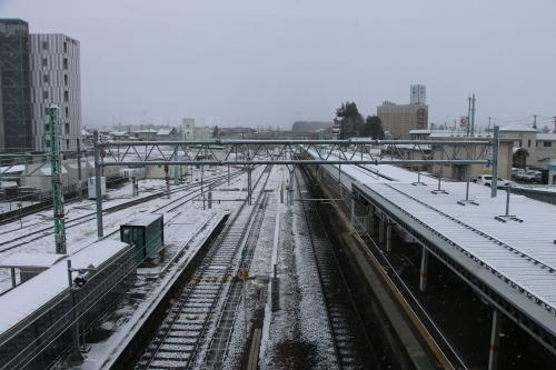 米沢駅の朝 2020.1.5_c0075701_08590840.jpg