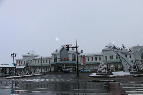 米沢駅の朝 2020.1.5_c0075701_09001832.jpg