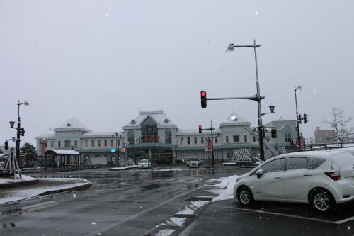 米沢駅の朝 2020.1.5_c0075701_09011230.jpg