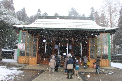 上杉神社&松岬神社で参拝_c0075701_11311977.jpg
