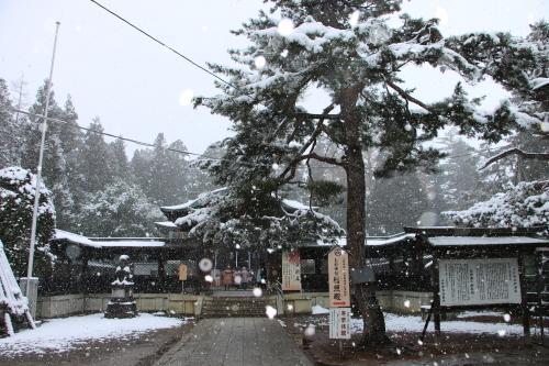 上杉神社&松岬神社で参拝_c0075701_11314419.jpg