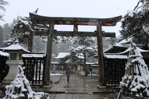 上杉神社&松岬神社で参拝_c0075701_11315531.jpg