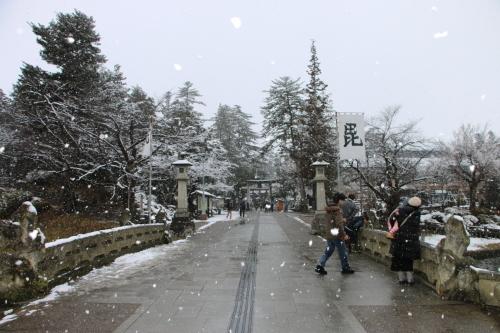 上杉神社&松岬神社で参拝_c0075701_11341239.jpg