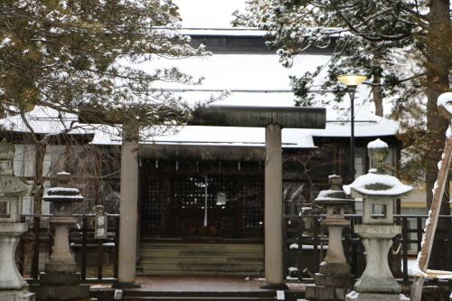 上杉神社&松岬神社で参拝_c0075701_11343976.jpg