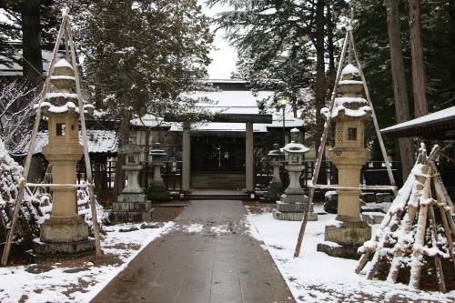 上杉神社&松岬神社で参拝_c0075701_11350085.jpg