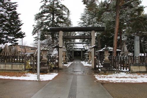 上杉神社&松岬神社で参拝_c0075701_11351048.jpg