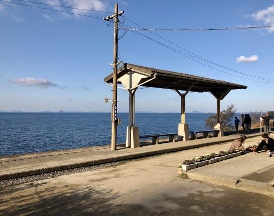 予讃線と下灘駅で初日の入り_f0197215_11201823.jpg