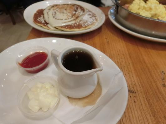 シカゴに到着☆~Wildberry Pancakes and Cafeへ~_e0303431_18021136.jpg