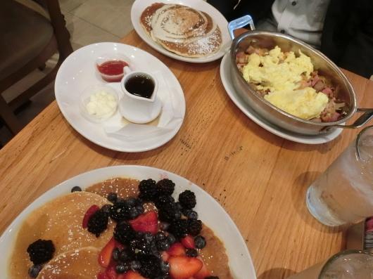 シカゴに到着☆~Wildberry Pancakes and Cafeへ~_e0303431_18045663.jpg