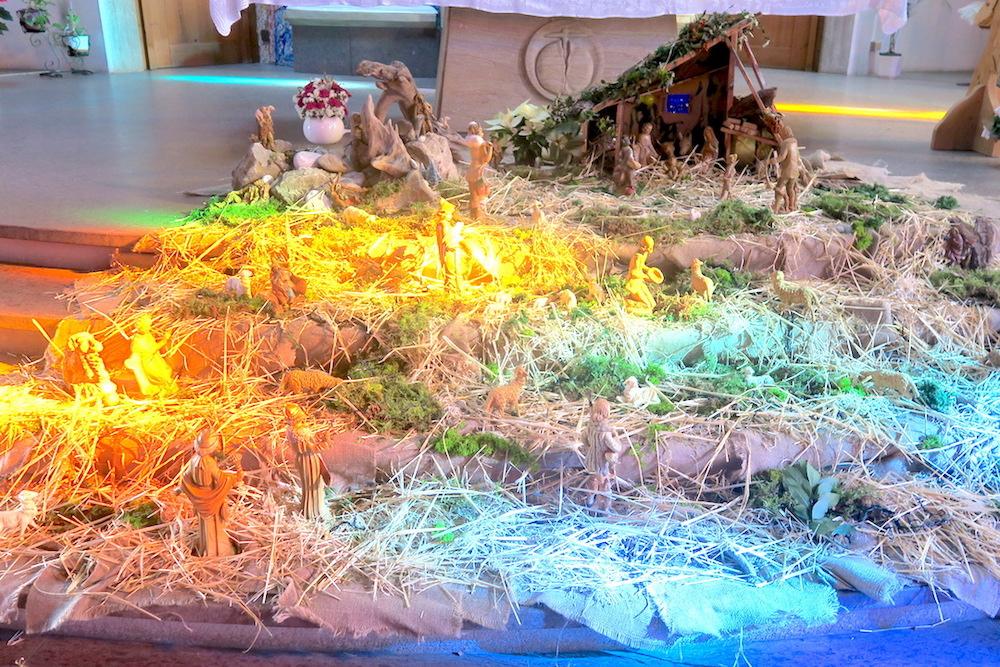 虹色の光きれいなプレゼーペ、オルヴィエート_f0234936_8391882.jpg