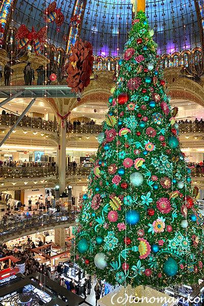ギャラリーラファイエットのクリスマスツリー_c0024345_20351637.jpg