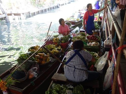 クローンラットマヨム水上マーケットで舟ソバ食べて満足のランチ_c0030645_21510536.jpg
