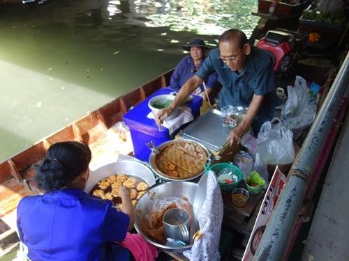 クローンラットマヨム水上マーケットで舟ソバ食べて満足のランチ_c0030645_21511735.jpg