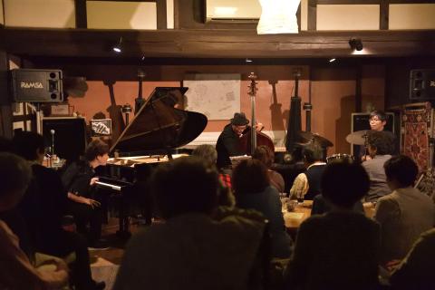 Vol.228 井上陽介トリオ ・・・ 10月27日(日)    -live photos-_b0365364_18275984.jpg