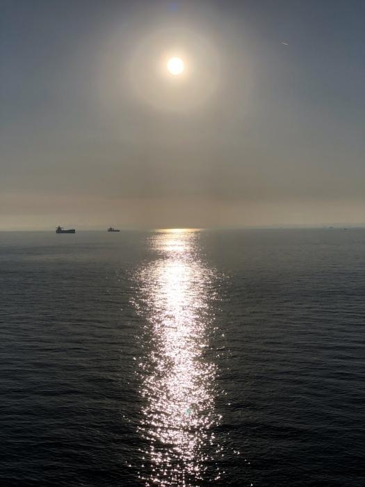 太陽と太陽が沈むトキ 富士山_d0105967_23431157.jpeg