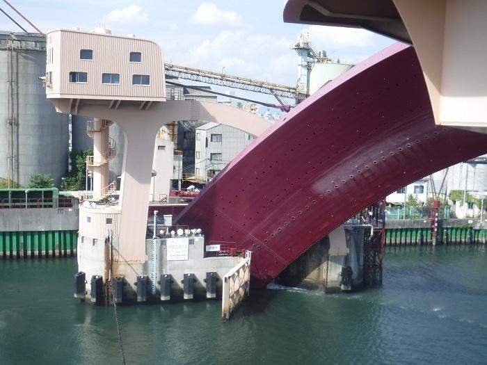 ◆安治川アーチ水門 ~水の都の唯一無二の水門♪~ _f0238779_15115849.jpg