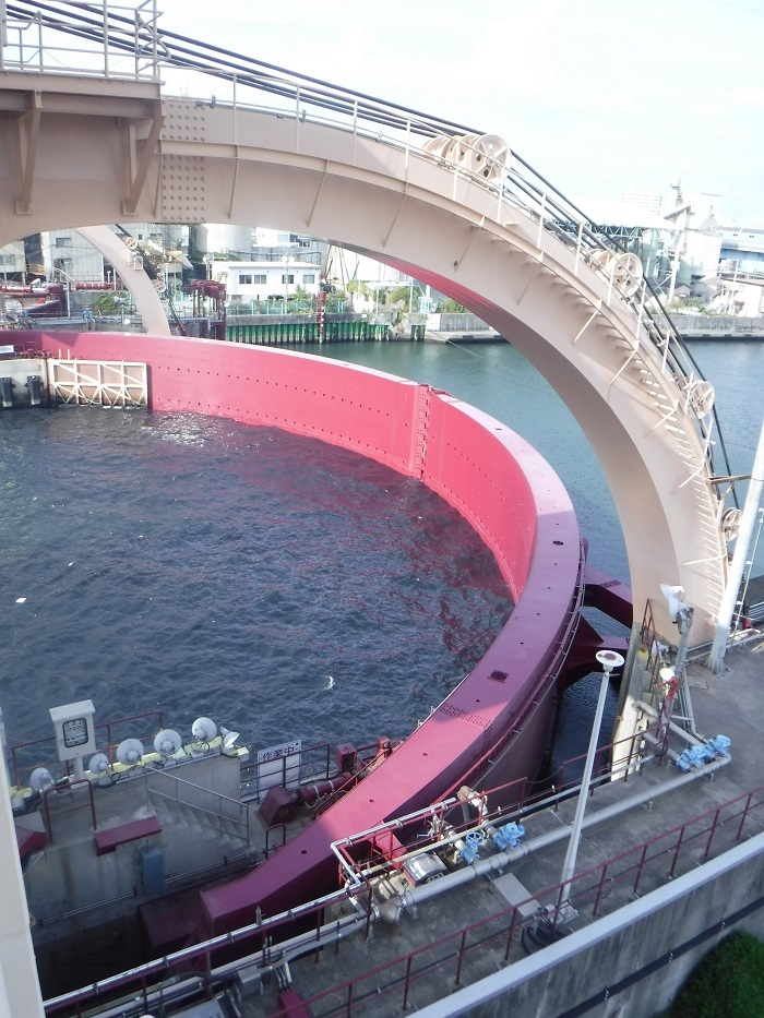 ◆安治川アーチ水門 ~水の都の唯一無二の水門♪~ _f0238779_15140055.jpg