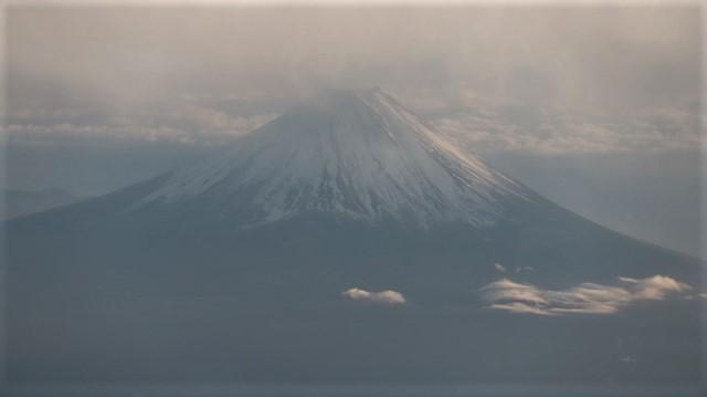 謹賀新年と富士山の美しい姿、大阪城と夕日は萌える様な美しさ・・・・・大阪城、夕日、富士山のある情景_d0181492_17394136.jpg