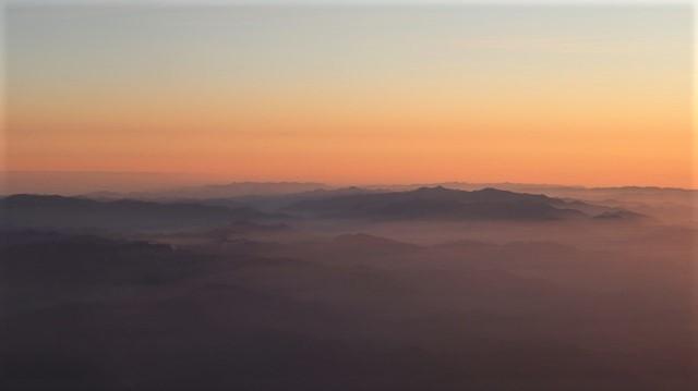 謹賀新年と富士山の美しい姿、大阪城と夕日は萌える様な美しさ・・・・・大阪城、夕日、富士山のある情景_d0181492_17395055.jpg