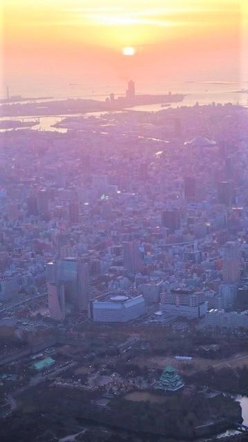 謹賀新年と富士山の美しい姿、大阪城と夕日は萌える様な美しさ・・・・・大阪城、夕日、富士山のある情景_d0181492_17405335.jpg