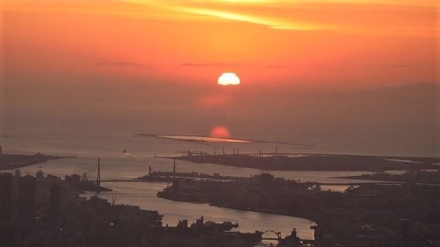 謹賀新年と富士山の美しい姿、大阪城と夕日は萌える様な美しさ・・・・・大阪城、夕日、富士山のある情景_d0181492_17412014.jpg