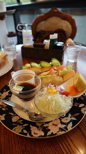 高知城前に素敵な喫茶店、高知県立歴史資料管内にある素敵な喫茶店イストワール、喫茶店イストワール_d0181492_23334062.jpg