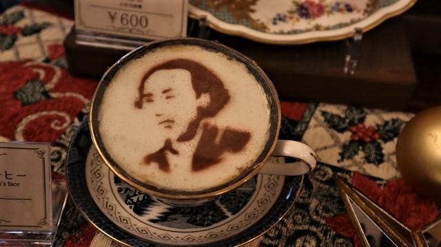 高知城前に素敵な喫茶店、高知県立歴史資料管内にある素敵な喫茶店イストワール、喫茶店イストワール_d0181492_23342228.jpg