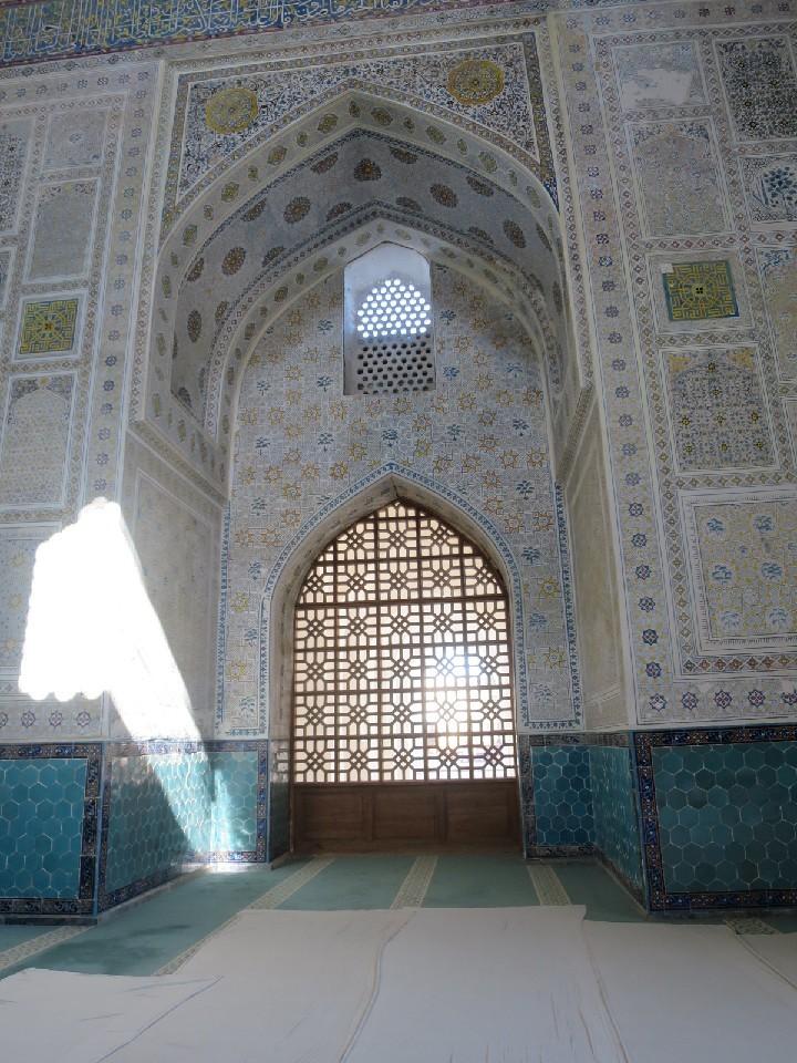 ウズベキスタンの旅⑪_b0397893_09401783.jpg