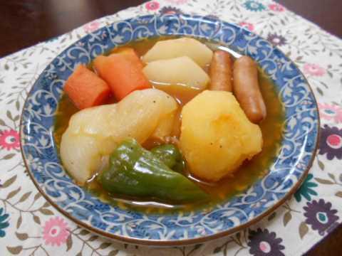 野菜たくさんのトマトスープ_f0019498_13353209.jpg