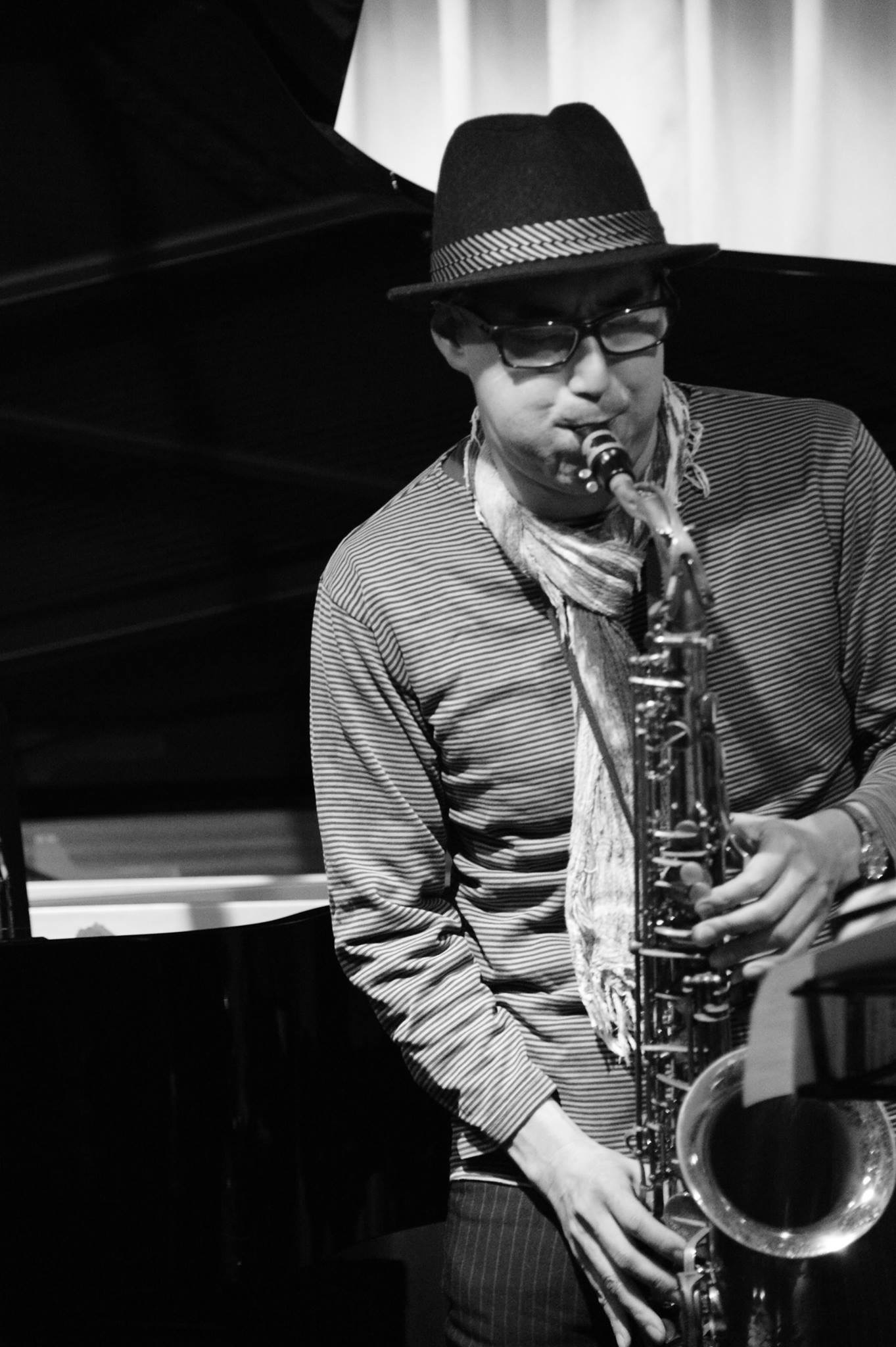 広島 Jazzlive Cominジャズライブカミン  本日3月23日月曜日のライブ_b0115606_11035154.jpeg