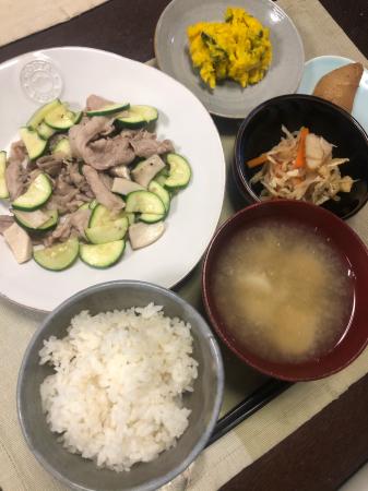 豚肉とズッキーニの炒め物_d0235108_20143386.jpg