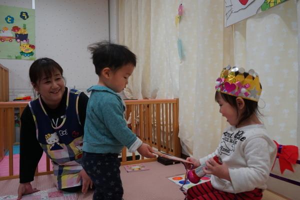 保育園 1月誕生日会&お正月遊び_a0166025_16045191.jpg