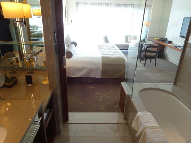 年末の「パレスホテル東京」 (4)_b0405262_19233808.jpg