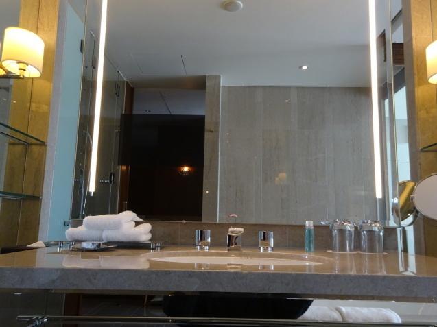 年末の「パレスホテル東京」 (4)_b0405262_19290636.jpg