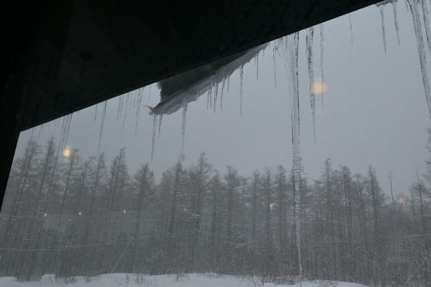 雪と氷を描きたい_d0193569_08275741.jpg